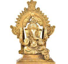 Brass Ganpati With Kirtimukha Top And Prabhavali