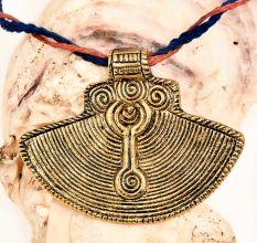 Big Fan Shaped Lines Engraved Golden AluminumMetal Pendant Necklace