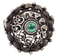 Adjustable 92.5 Sterling Silver Ring Oxidized With Onyx Stone Paisley Motif Design