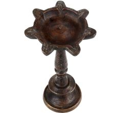 Brass Oil Lamp Seven wick On A Circular Base