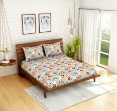 Spaces 104 TC Cotton Double Bed Sheet with 2 Pillow Covers In Multi-Colour