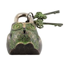 Decorative Owl Padlock With Lock And Skeleton Keys With Patina